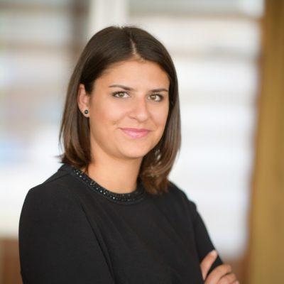 Adriana Gomolová